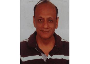 Dr. Sanjay Sachdeva, MS