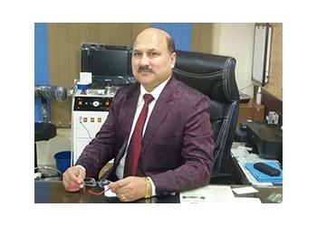 Dr. Sanjiv Kumar Sharma, MBBS, MS