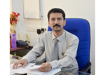 Dr. Satish Bhat,. MBBS, MS, M.CH, DNB, MRCS