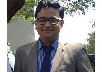 Dr. Sharad Shivaji Gurav, MBBS, DNB
