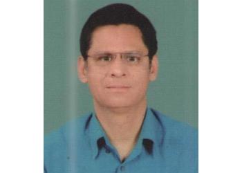Dr. Sheelu Shafiq Siddiqi, MBBS, DIP, MD, DM