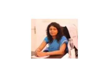Dr. Shikha Gupta, MBBS, MS, DNB