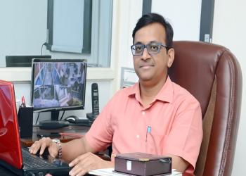 Dr. Shirish Virupanna Tumbal, MBBS, D.Ortho, DNB (Ortho), MNAMS