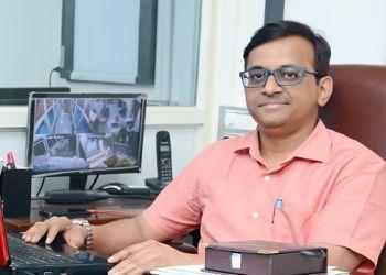 Dr. Shirish Virupanna Tumbal, MBBS, D.Ortho, DNB (Ortho), MNAMS - Tumbal Accident And Maternity Clin