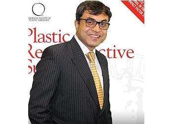 Dr Srinjoy Saha, MBBS, MS, MRCS, M.Ch (Plast), Fellowship (Harvard)