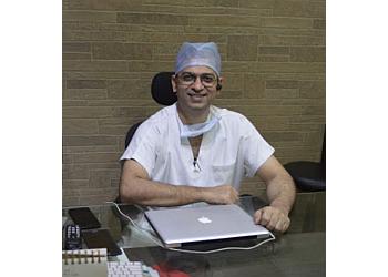 Dr. Sumit Malhotra, MCh