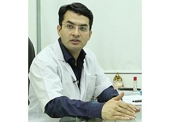 Dr.Suneet Soni, MBBS, MS, M.Ch
