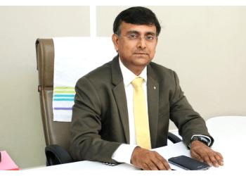 Dr. Sunil Shah MS, DOMS