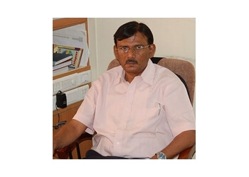 Dr. T. DHINAKARAN, MD, MNAMS, DM