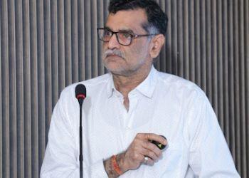 Dr. V K Bhardwaj, MBBS, MD, DM