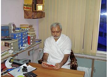 Dr. Vasant Sheth