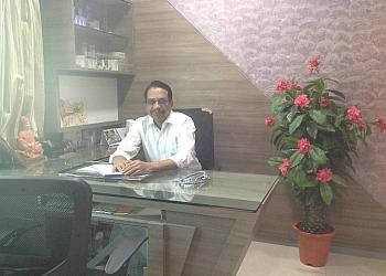 Dr. Vijay Kherde, MBBS, MS
