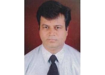 Dr. Vijay Kumar Nandmer, MBBS, DM, MD