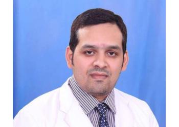 Dr. Vikas Giri, MBBS, MS, MCh
