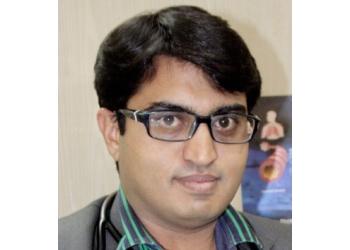 Dr. Vikas Uthra, MBBS, DNB, DTCD