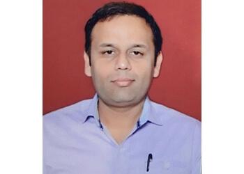 Dr. Vikash Dixit, MBBS, MD, MIPS, MCSEPI