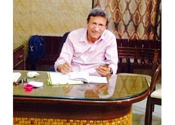 Dr Vineet Kumar Gupta, MBBS