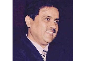 Dr. Vineet Kumar Jain, MD, DM
