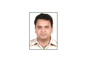 Dr. Vinod Lalwani, MBBS, MD
