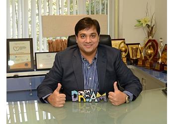 Dr. Viral Desai, M.ch, DNB, MS