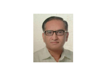 Dr. Vishal Wadhera, MBBS, MD, DNB