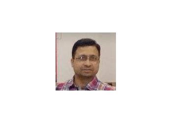 Dr. Vivek Sharma, MBBS, MS