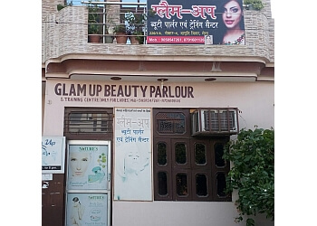 Glam Up Beauty Parlour