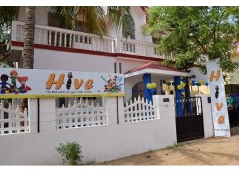 Hive Play School