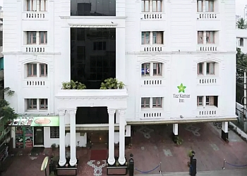 Hotel Taz Kamar Inn