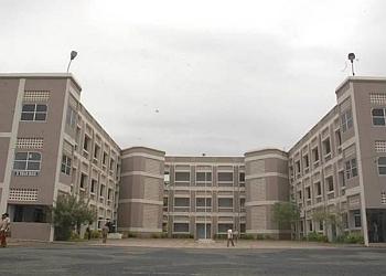 K. L. N. College of Engineering