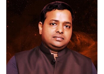 KM Sinha - Kundali Expert