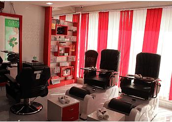 Khusi Professional Beauty Studio