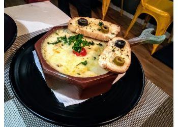La Celebrita Food Studio