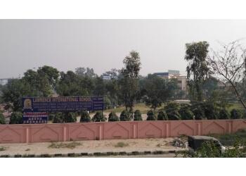 Lawrence International School