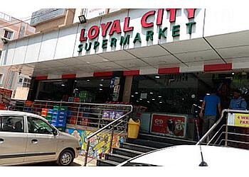 Loyal City Supermarket