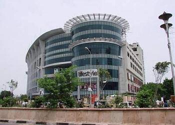 MGF Metropolitan Mall