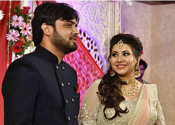 MOMENTS STUDIO