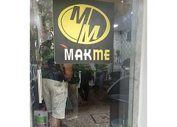 Makme Salon