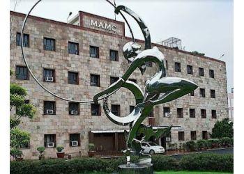 Maulana Azad Medical College