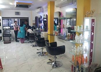 Maya's Salon & Academy