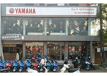 N J Yamaha