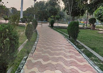 Phool Bagh Park