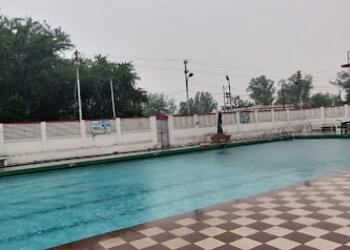Pine Swimming Pool