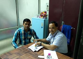 Dr. Brahma Prakash, MBBS, DNB