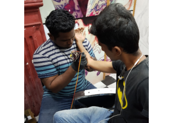 Ravi Tattoo Shop