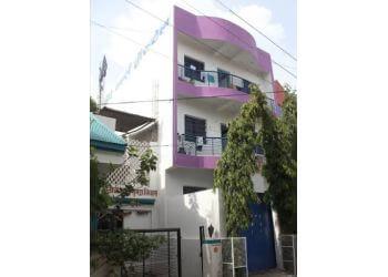 Shinde Girls Hostel