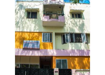 Shri Ladies Hostel