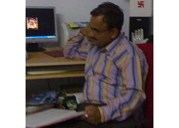 Shri Ravindra Suthar
