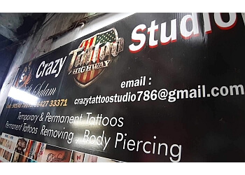 Sm crazy tattoo studio