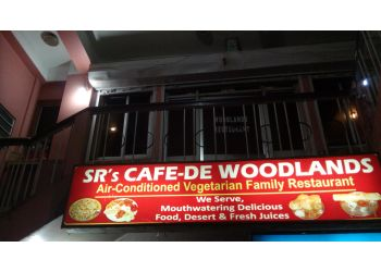 Sr's Cafe-De Woodlands